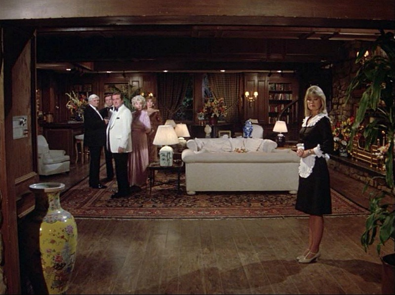 Celebrity Dining: Hart to Hart living room in series finale 1984