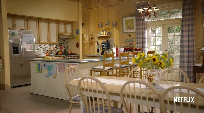 Fuller House Kitchen Set Victorian Netflix