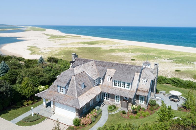 A Clic Cape Cod Beach House For