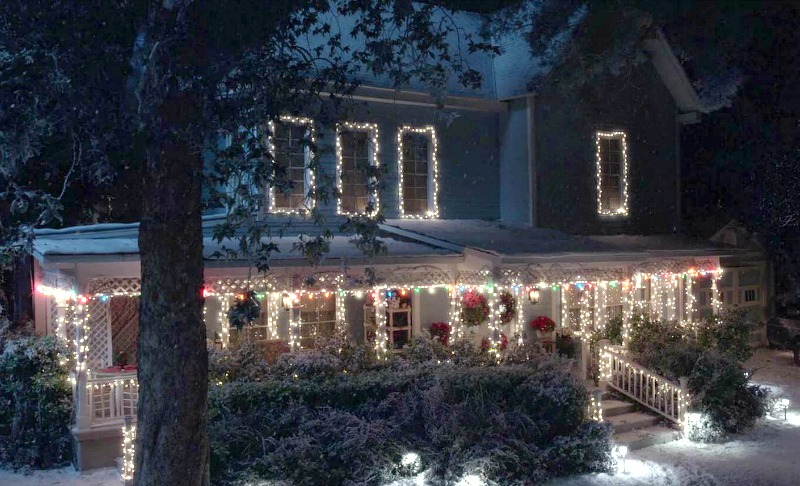 Lorelai's House Winter Gilmore Girls Year in the Life