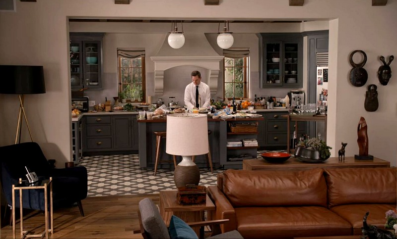 Sol and Robert's Kitchen on Grace and Frankie