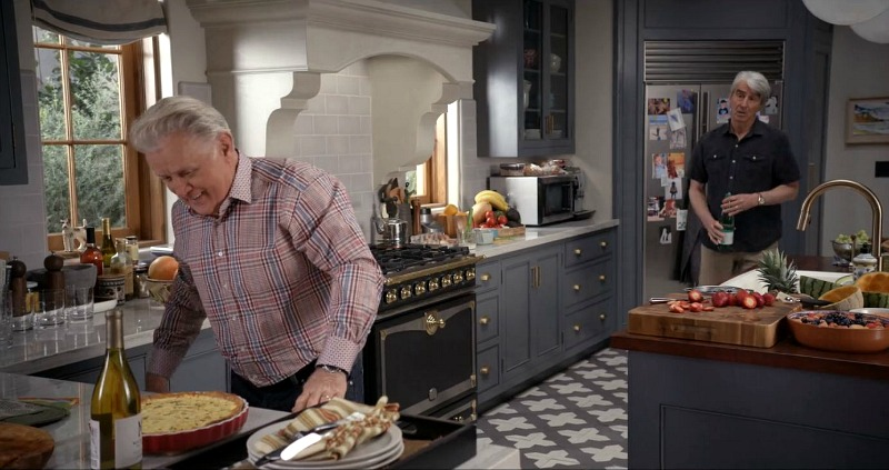 gray kitchen Grace and Frankie Netflix