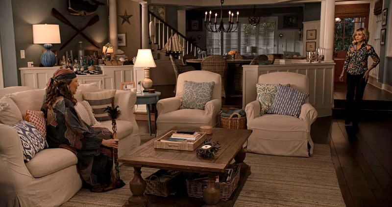 Grace and Frankie beach house living room