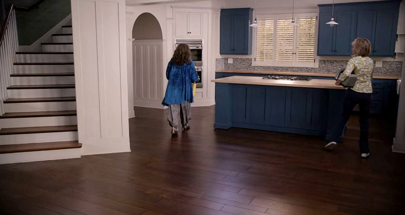 Kitchen set on Grace and Frankie