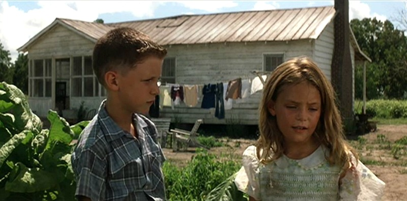 Young Forrest Gump and Jenny at Her House