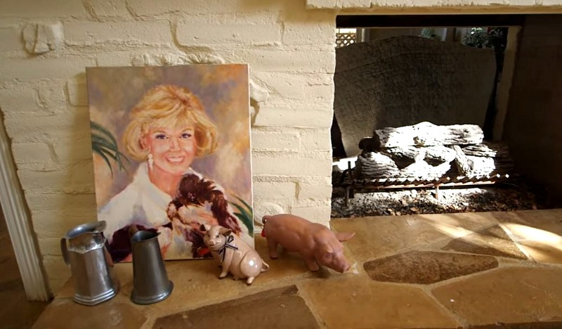 Doris Day Julien's Auction Items Painting