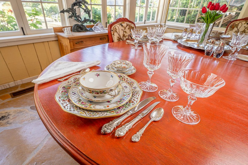 Doris Day's Dining Room China and Crystal Julien's Auctions