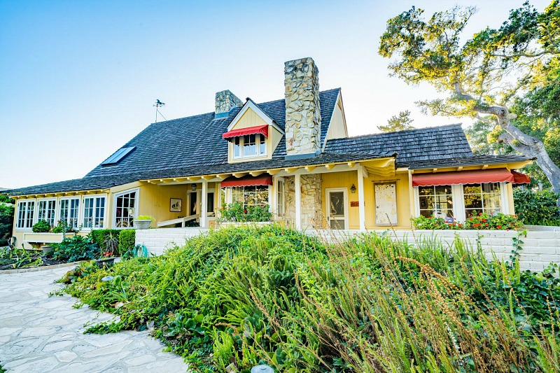 Doris Day's Sunny Yellow House in Carmel CA Julien's Auctions