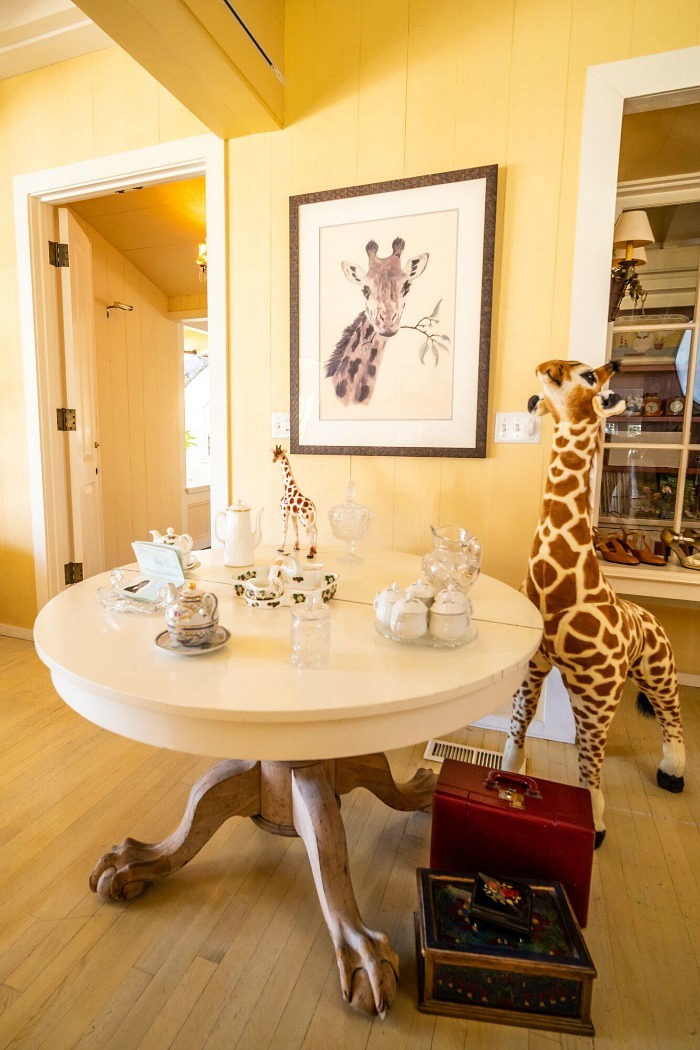 Doris Day's house in Carmel giraffes and animal figurines auction