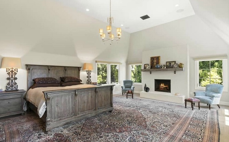 Christopher Meloni Selling 1822 Camino Palmero MBR