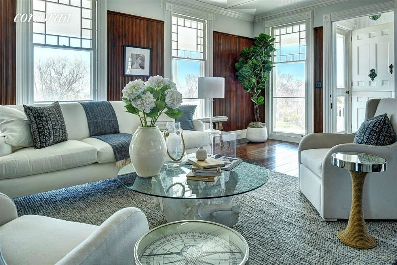 Dick Cavett's beach house living room