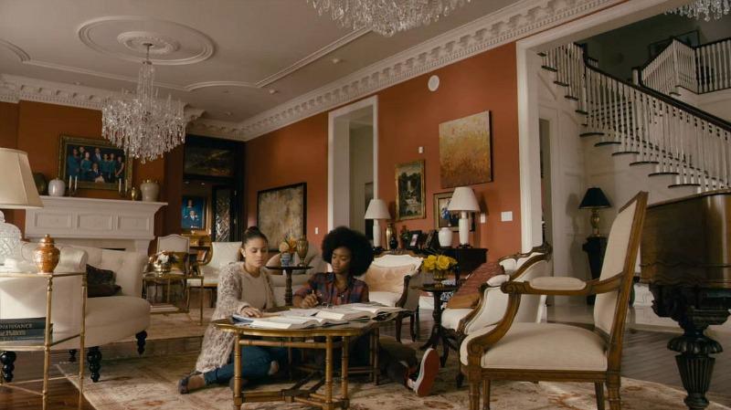 Greenleaf Mansion Living Room Set