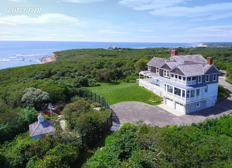 Oceanfront home for sale 176 Deforest Montauk