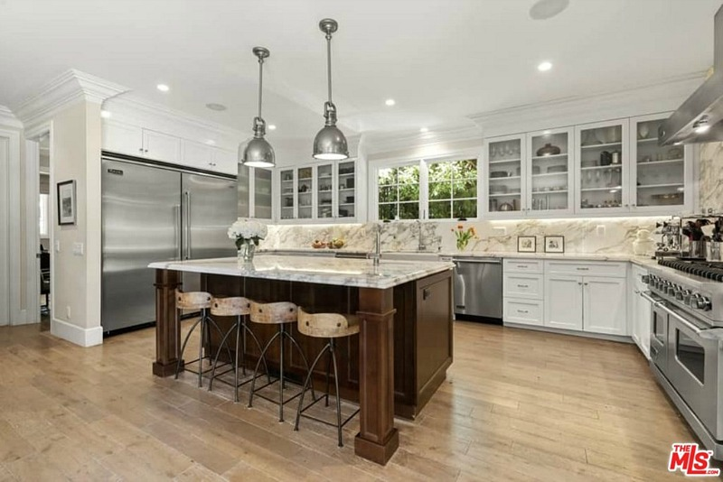 Chris Meloni house for sale kitchen