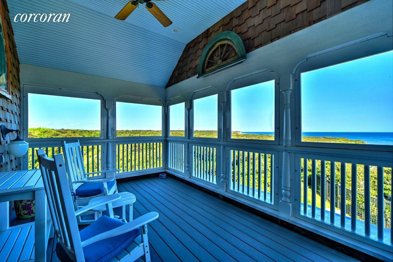 beach house screened porch