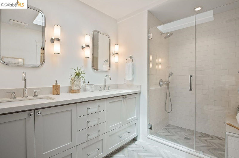 master bath in Oakland