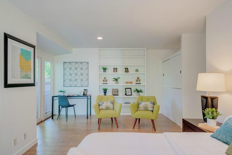 Bedroom 245 N. Saltair Brentwood