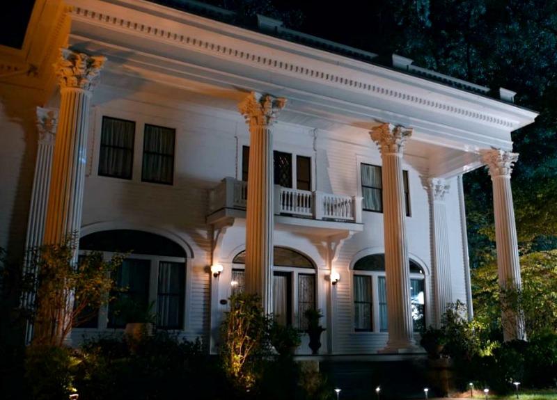 Corner Spa mansion in Sweet Magnolias