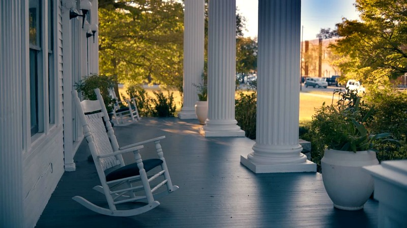 Front Porch Lee-Porter Mansion Covington GA