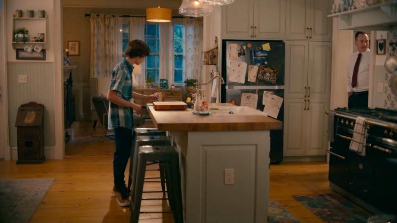 Maddie\'s kitchen island on Sweet Magnolias