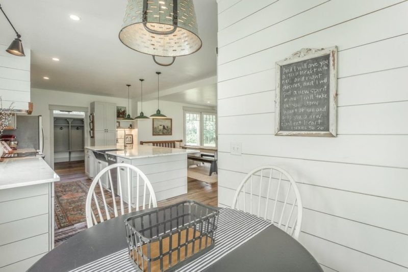 kitchen table in farmhouse