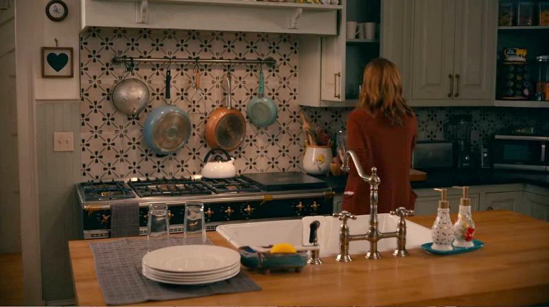 oven range in Maddie's kitchen