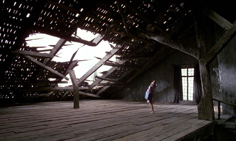 Edward Scissorhands Castle attic