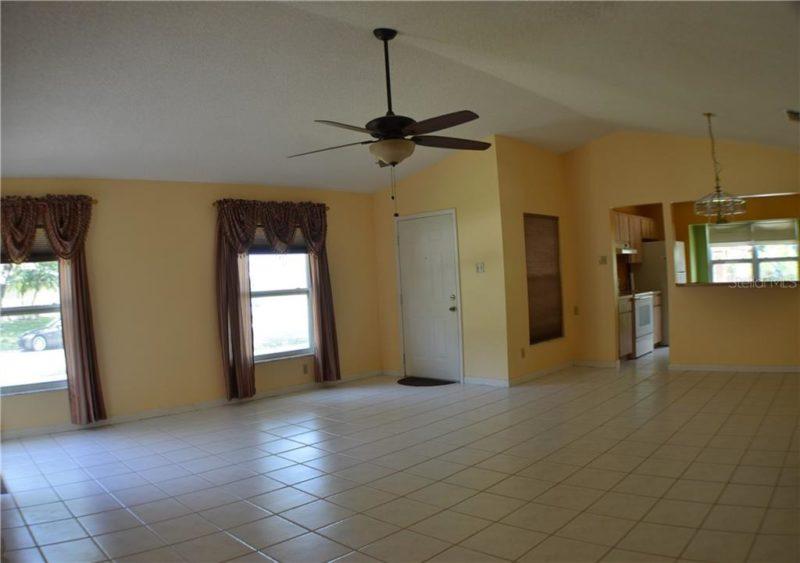 House from Edward Scissorhands Lutz FL today
