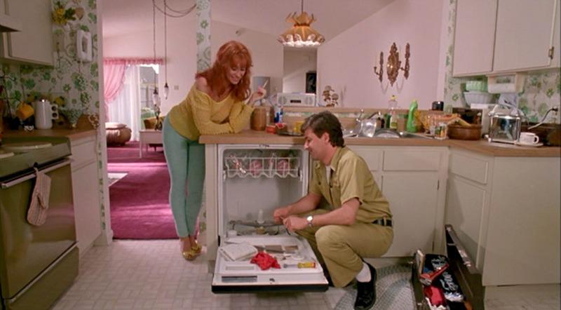 Joyce kitchen Edward Scissorhands movie