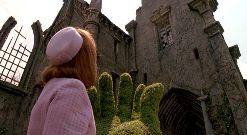 Peg Boggs visits the Castle