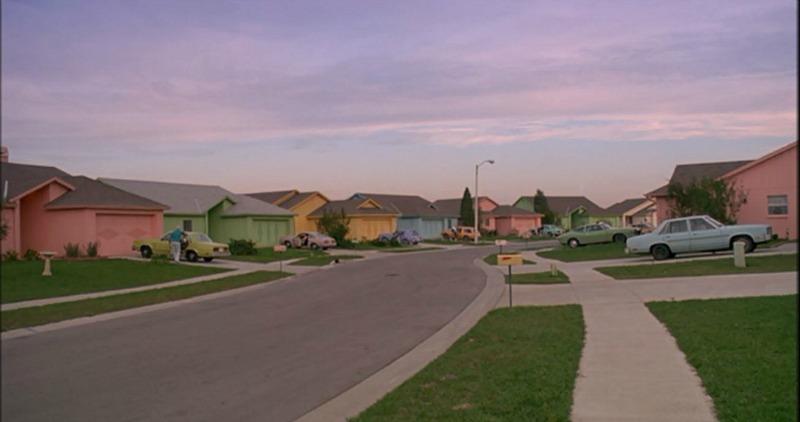 Suburban neighborhood in Edward Scissorhands