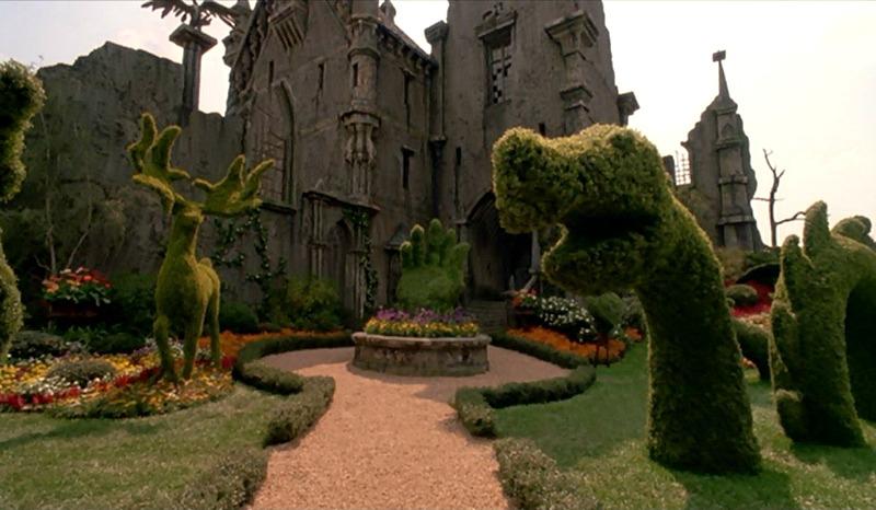 topiaries outside the scissorhands castle