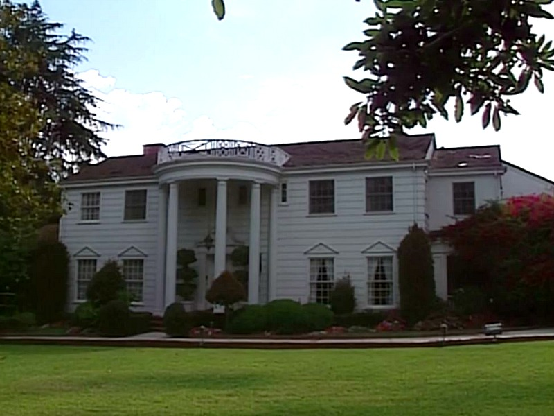 A Look Back At The House From The Fresh Prince Of Bel Air Hooked On Houses
