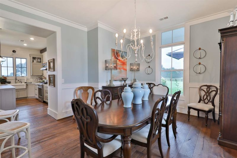 farmhouse for sale tennessee - dining room