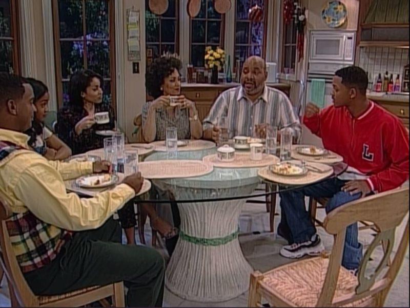 "Banks family around kitchen table on \""Fresh Prince\"""