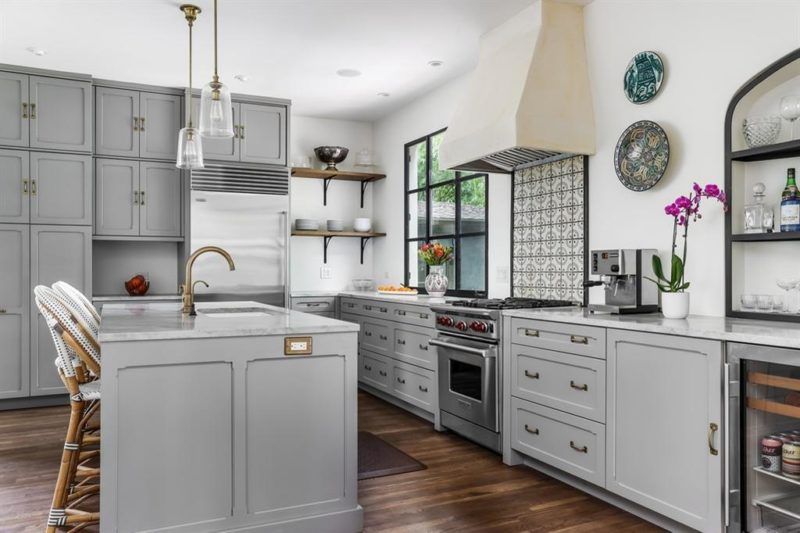Bungalow kitchen with gray cabinets