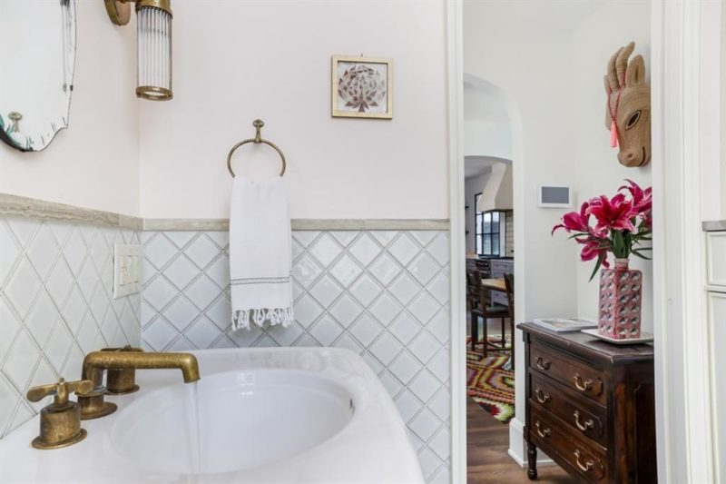 bathroom sink with diamond tile