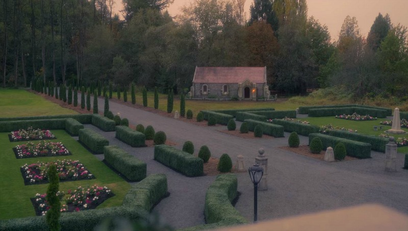 gardens and grounds of bly manor
